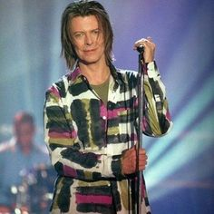 Follow us if you love DAVID BOWIE! Love to tag? Please do! #davidbowie #davidbowieforever #davidbowieis #davidbowietattoo #davidbowiecover #davidbowiefan #davidbowielove #davidbowieisgod #davidbowierip #davidbowieart #pop #rock #music #omg #davidbowie_official