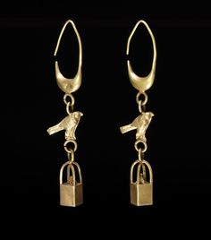 Phoenician Gold Earrings. 8th-3rd century BCE. From tomb at Tharros, Italy.