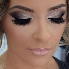 We can find a huge demand on Somekey eye make up, we're guessing that this huge number comes from it's elegant vibe look. Somekey eye make commonly appear in three different type including light, medium, and dark color shade. Makeup Goals, Makeup Tips, Makeup Tutorials, Makeup Trends, Makeup 2016, Makeup Lessons, Sephora, Make Up Braut, Beauty Make-up