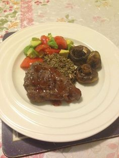 Avocado Quinoa, Quinoa Salad, Steak And Mushrooms, Stuffed Mushrooms, Rump Steak Recipes, Chocolate Sauce Recipes, Breakfast Lunch Dinner, Good Food, Fun Food