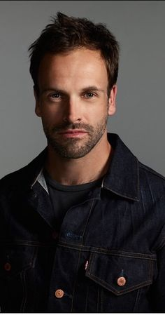 Ignore the bad jean jacket. I find him beautiful, especially as he ages. (Jonny Lee Miller)