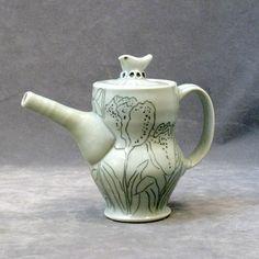 Julie Wiggins   -   Tulip Teapot