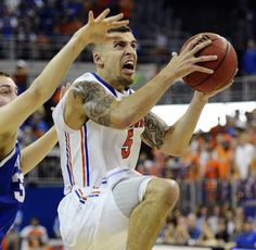 Florida Gators handle their business against Kentucky (Scottie Wilbekin led a balanced Florida attack with 14 points and eight assists.)