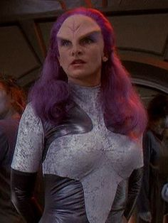 Rionoj (Star Trek: Deep Space Nine) Space hot babe. Aliens, Klingon Empire, Fiction Movies, Science Fiction, Deep Space 9, Star Trek Images, Star Trek Series, Star Wars, Star Trek Universe