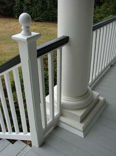 Traditional Porch porch railing Design Ideas, Pictures, Remodel and Decor Porch Handrails, Front Porch Railings, Porch Stairs, Wood Railing, Deck Railings, Stair Railing, Porch Wood, Up House, House With Porch