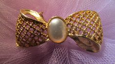 Vintage Jewelry Bow Brooch, Pin, Weaved Gold Tone, Faux Pearl Brooch, Unsighned