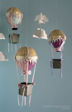 cute hot air balloons for baby girl's room Fun Crafts, Diy And Crafts, Crafts For Kids, Arts And Crafts, Paper Crafts, Mobiles, Diy Hot Air Balloons, Balloon Crafts, May Arts