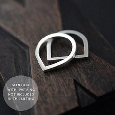 Silvery Adam Smile ring in solid silver van Minicyn op Etsy