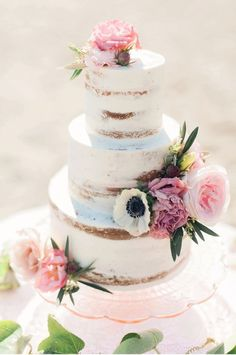 Canadian-wedding-inspiration naked cake by Cake by Annie beach boho wedding cake by Christine Williams Photography