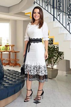 Lace Dress, White Dress, Dress Skirt, Modest Dresses, Short Dresses, Royal Clothing, African Attire, Dress And Heels, Ethnic Fashion