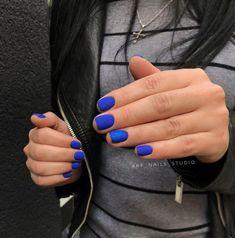 Nails, pin design 8219753816 for one smart, charming nail. Blue Gel Nails, Shellac Nails, Acrylic Nails, Fancy Nails, Trendy Nails, Nails Studio, Romantic Nails, Pretty Nail Colors, Minimalist Nails