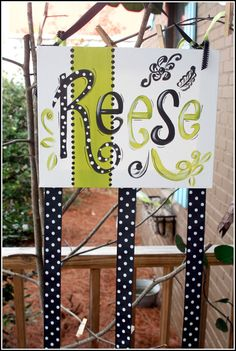 Hair Bow Organizer - I don't like the name since I already bought letters with her name on it for the room...But I am thinking I am going to need to make this...