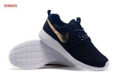 innovative design 228c4 8e73b NIKE ROSHE RUN SEQUINS  Price   139 usd   Size  40 - 44