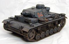 1/48 III号戦車 | 砲身含む全長は113cm 車幅6.3cm ...