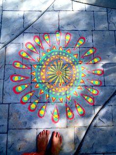 me art life happy beautiful hippie boho chalk artist peaceful rasta pattern tribal Groovy sidewalk Chalk Art happy vibes Chalk Drawings, Art Drawings, Window Drawings, Chalk Artist, Chalk Design, Art Studio Design, Chalk Wall, Sidewalk Chalk Art, Outdoor Art