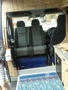 VW CRAFTER VAN / MERCEDES SPRINTER VAN DOUBLE TILTING SWIVEL BASE