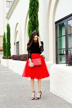 How to wear a tulle skirt and how to dress for a holiday party   #tulleskirt #holidaylook #skirt #redskirt #love #celebrate