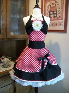 Adorable apron.