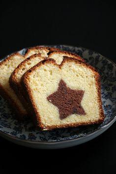 Cake marbré étoilé  http://www.beaualalouche.com/archives/2013/12/11/28468327.html#utm_medium=email&utm_source=notification&utm_campaign=beaualalouche