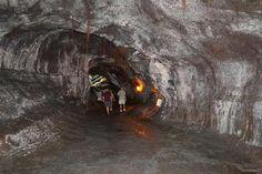 Hilo Hawaii Explore a Giant Lava Tube --- Made me nervous!