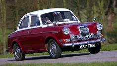 Browse our classic and performance car buying guides, as well the latest classic car news, event info and features. Coventry, Jeep Wallpaper, Classic European Cars, Austin Cars, Car Buying Guide, Morris Minor, Automobile, Jewellery Uk, Performance Cars