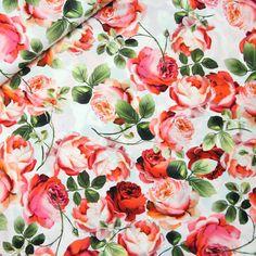Starker Druck auf Seide! Weich fallender Seidenstoff mit einem wunderschönen Rosen-Design und leichtem Elasthan-Anteil für extra Tragekomfort. Seidenstoff direkt aus Italien und nur bei uns...