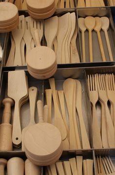 Utensilios de madera para la cocina