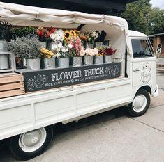 Flower Truck, Flower Cart, Cut Flowers, Pretty Flowers, Flower Farmer, Cut Flower Garden, Farm Stand, Flower Stands, Flower Aesthetic