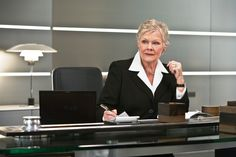 Dame Judi Dench is set to reprise her role as official 'M' in the next James Bond movie, with Daniel Craig as Agent 007 and Sam Mendes (American Beauty) directing. James Bond Skyfall, James Bond Movies, Daniel Craig James Bond, Craig 007, Judi Dench, Sean Connery, Movie Photo, Greatest Hits, Actresses