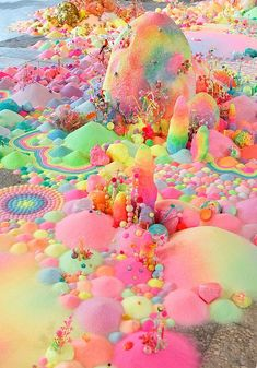 pip & pop - Candyland Landscapes installation by Aussie artist Tanya Schultz using sugar, glitter and plastic toys. Cute Wallpapers, Wallpaper Backgrounds, Iphone Wallpaper, Trendy Wallpaper, Pastel Colors, Rainbow Colors, Colours, Pink Color, Color Mix