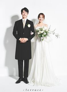 Indoor Wedding Photos, Pre Wedding Photoshoot, Korean Wedding Photography, Indoor Photography, Minimalist Wedding Reception, Wedding Gowns, Wedding Day, Couple Shoot, Photo Look