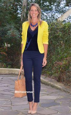 Look de trabalho - look do dia - look corporativo - moda no trabalho - work outfit - office outfit -  spring outfit - look executiva - fall outfit - blazer amarelo - regata veludo - azul e amarelo - blue and yellow - calça social - yellow jackets