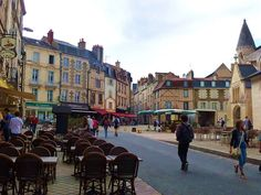 Poitiers, France by Steph Mullins, via Flickr