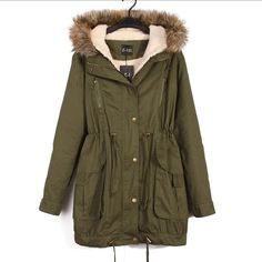 Slim Fit Warm Pockets Long Winter Coats With Fuax Fur Collar