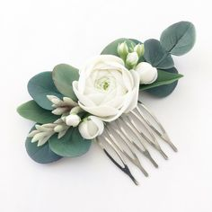 Eucalyptus hair comb Ivory flower hair piece rustic hair piece bridesmaid hair piece floral head pie - All For Wedding Hair Style Bridal Hair Vine, Hair Comb Wedding, Wedding Hair Pieces, Flower Hair Pieces, Flowers In Hair, Flower Hair Clips, Fresh Flowers, Handmade Hair Accessories, Wedding Hair Accessories