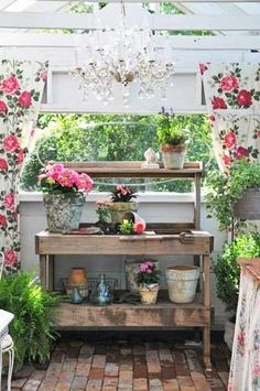 Shabby Potting Bench