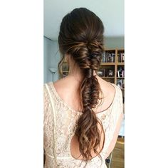 Perfect guests with this very boho chic braided collection. I leave Dress Hairstyles, Bride Hairstyles, Pretty Hairstyles, Hairstyles 2018, Hair Dos, Boho Chic, Hair Trends, Bridal Hair, Hair Inspiration