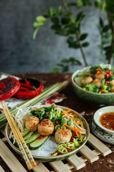 South East Asian Kitchen: Vietnamese Vermicelli with Lemongrass Chicken Meatballs.This Vietnamese dish, like every good recipe, begins with fresh ingredients. When people talk about Vietnamese food, it almost always includes aromatics and herbs, vegetables, meat, and rice (in all its forms). Unsurprisingly, many consider it to be one of the healthiest cuisines all over the world.  *Click photo for actual recipe details :D