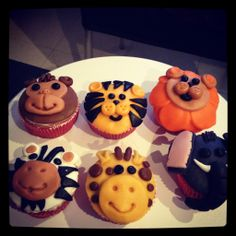 Zoo cupcakes