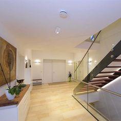 Dekolight Mona-led 230 V pinta-asennus valaisin Helsinki, Divider, Stairs, Room, Furniture, Home Decor, Houses, Deco, Bedroom