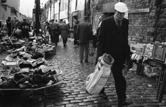 Paddy's Market, Glasgow. Gorbals Glasgow, The Gorbals, Glasgow Scotland, Old Photos, The Good Place, Britain, In This Moment, Marketing, Black And White
