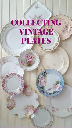 Old Plates, Vintage Plates, Vintage China, Plates On Wall, Vintage Tableware, Antique Plates, Flea Market Decorating, Shabby Chic Crafts, Mosaic Crafts
