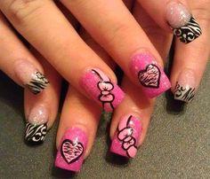 Unhas inspiradoras para que venha mais uma semana cheia de amor!!! Os melhores produtos para suas unhas, você encontra em: www.lojadeesmaltes.com.br