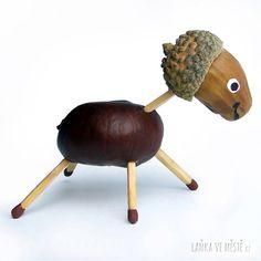 Podzimní tvoření – pohádkové zvířátko z kaštanu, žaludu a 5 sirek Fall Crafts, Diy And Crafts, Wood Creations, Art Club, Halloween, Autumn, Children, Google, Crafts