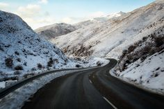 10 Most Scenic Roads in New Zealand - South Island - In A Faraway Land New Zealand North, New Zealand South Island, Driving In New Zealand, New Zealand Itinerary, Roads, Mount Everest, Journey, Mountains, Travel