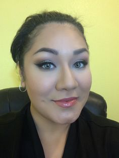 Contouring with Mary Kay