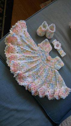 Vestido de ganchillo varigated bebé color set