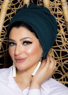 Two pieces crepe volume women turban headband . Turban Outfit, Turban Hijab, Turban Style, Turban Fashion, Hijab Fashion, Turbans, Turban Headbands, Pashmina Hijab Tutorial, Hijab Style Tutorial