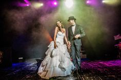 Amazing wedding dress, couple, wedding, wedding day