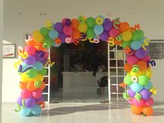 Rainbow arch balloon! Arco iris arco de globos, decoracion arcoiris